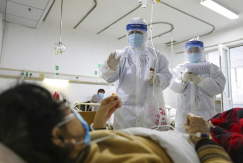 Kulit 2 Dokter Menghitam Setelah Sembuh dari Covid-19