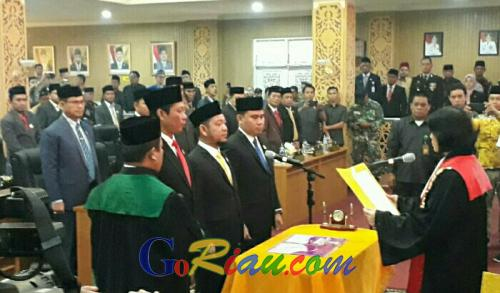 Tiga Pimpinan DPRD Pelalawan Resmi Dilantik
