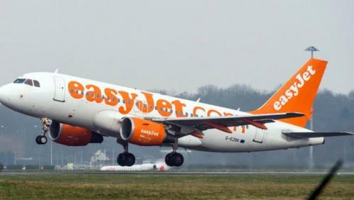 Penumpang Mendadak Ngotot Minta Turun Saat Pesawat Bersiap Lepas Landas