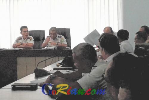 Catat Ya! H-10 Lebaran, Pembangunan Jalan di Riau Harus Dihentikan