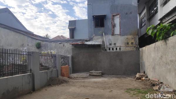 Terganggu Dengar Hafiz Baca Alquran, Anggota DPRD Tembok Jalan Masuk ke Rumah Tahfiz