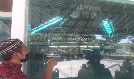 Rusak Masjid Nurul Jamil, Seorang Pria Ditangkap Warga dan Diserahkan ke Polisi