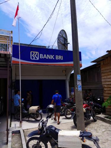 BRI Unit Sebangar Dirampok, Pelaku Todong Pegawai Bank dengan Senpi dan Bawa Kabur Uang 2 Tas