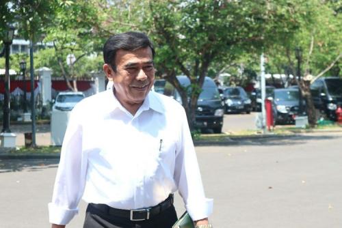 Jokowi Tunjuk Mantan Jenderal Jadi Menteri Agama, Kiai di Berbagai Daerah Kecewa dan Protes