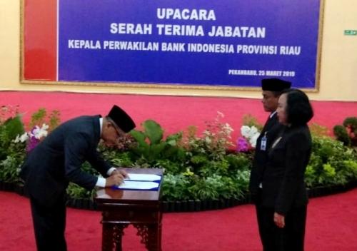 Pesan Siti Astiyah, BI dan Pemprov Riau Diminta Bekerjasama Kembangkan Ekonomi Syariah