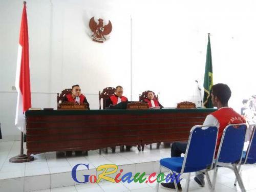 Majelis Hakim PN Kota Dumai Vonis Mati Terhadap 2 Terdakwa Sabu Jaringan International