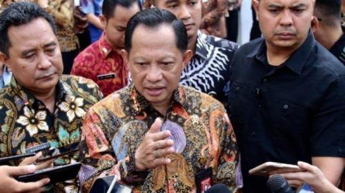 Pengamat Sebut Tito Ditunjuk Jadi Mendagri karena Sukses Amankan Kepentingan Jokowi Saat Pilpres