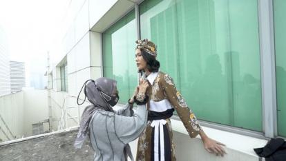 Di Fasilitasi Asia Pacific Rayon, Desainer Muda Riau Bawa Batik Bono ke Kancah Nasional