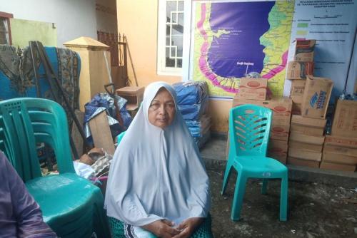 Nenek Ernawati Saksikan Rumahnya Hancur dan Hanyut Diterjang Galodo di Tanjung Sani