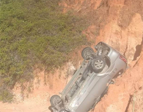Mobil Avanza Terjun ke Jurang di Wilayah Objek Wisata Sungai Hijau Salo Kampar