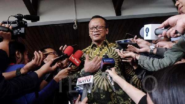 Menteri Kelautan dan Perikanan Edhy Prabowo Ditangkap KPK Diduga Terkait Benih Lobster