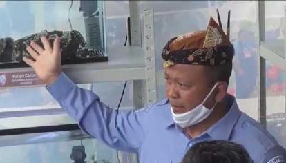 Menteri Kelautan dan Perikanan Edhy Prabowo Ditangkap KPK Dini Hari Tadi