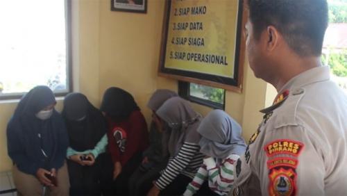 Pesta Miras Hingga Mabuk, 8 Siswi SMA Diamankan Polisi