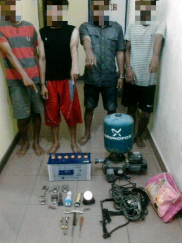 Tertangkap Tangan Saat Beraksi, Polisi Berhasil Ringkus 4 Kawanan Maling dan Belasan Peralatan untuk Mencuri