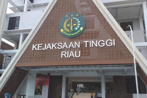 Pasca Kasus Pemerasan Guru, Kejati Riau Ambil Alih Dugaan Korupsi di Setda Inhu