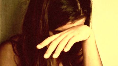 Sendirian di Rumah, Remaja Tunanetra Diperkosa Teman Ayahnya