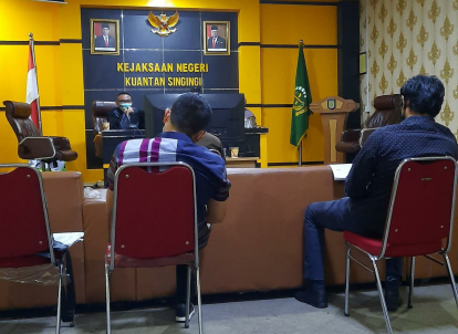 Musliadi, Mantan Anggota DPRD Kuansing Bantah Terima Uang Rp500 Juta