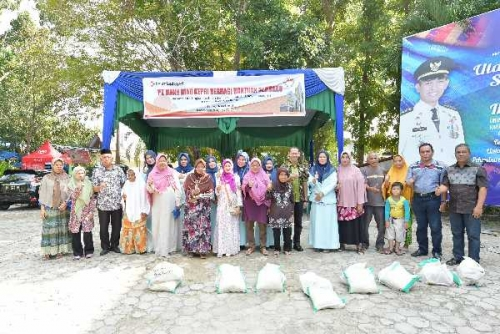 Siapkan 1.000 Paket Sembako, Dharma Wanita Persatuan Bank Riau Kepri Jalankan Program Indahnya Berbagi di Bulan Ramadhan