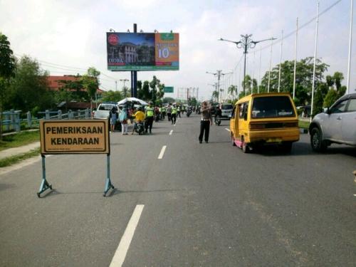 Wow! 1 Jam Satlantas Polresta Pekanbaru Nangkring di Jalan Yos Sudarso, Hasilnya...