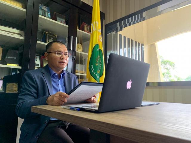 Memanfaatkan Teknologi saat Pandemi, Rektor Lantik Pejabat di Lingkungan Unilak secara Virtual