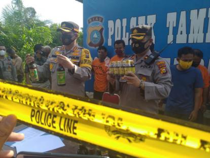 Sudah Enam Bulan Berproduksi di Pekanbaru, Akhirnya Aksi Pabrik Jamu Berbahaya Terbongkar