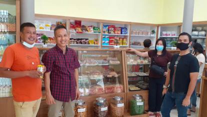 Inilah Toko Roti Legendaris dari Rohil, Usianya Sudah 70 Tahun tapi Tetap Eksis