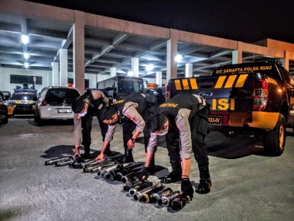 Sisir Jalanan di Kota Pekanbaru, Raimas Ditsamapta Polda Riau Sita 22 Knalpot Brong yang Bikin Bising