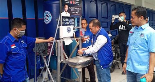 Bantu Pencegahan Corona, Demokrat Pekanbaru Pasang Puluhan Wastafel Portable di Sejumlah Tempat