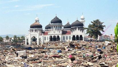 Cheng Bersyahadat Setelah Lihat Banyak Pria Berpakaian Putih Angkat Masjid Saat Tsunami Terjang Aceh