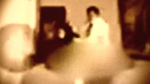Lupa Matikan Kamera, Pejabat Pemerintah Terlihat Gauli Sekretaris Saat Rapat Virtual