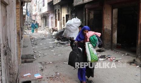 Pasca Pembakaran Rumah Warga Muslim dan Masjid, Polisi India Dikerahkan Jaga Shalat Jumat
