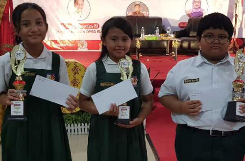 Anak Politisi PDI Perjuangan Riau Ini Juarai Olimpiade PPKN Unri
