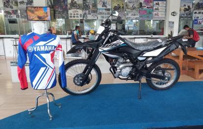 Hanya Bulan Ini, Setiap Pembelian Yamaha WR 155 Gratis Jersey Original