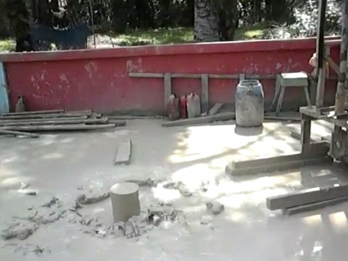 Semburan Diduga Gas yang Keluar Saat Buat Sumur Bor Untuk Masjid, Ini Jawaban Kepala ESDM Riau