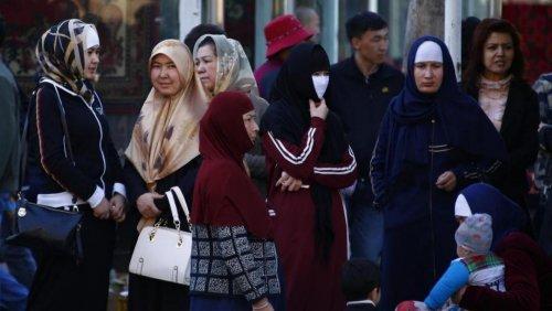 China Paksa Muslimah Uighur Operasi Pemandulan