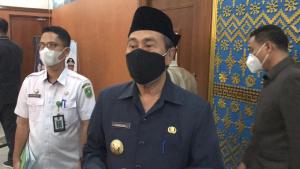 Riau Peringkat Ketiga Penambahan Kasus Covid-19, Syamsuar: Banyak yang Swab Mandiri