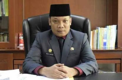 Siang Ini, Dua Anggota DPRD Riau Akan Dilantik, Namanya Dona dan Yanti