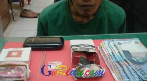 Lakukan Undercover Buy, Polisi Tangkap Bandar Sabu di Pelalawan