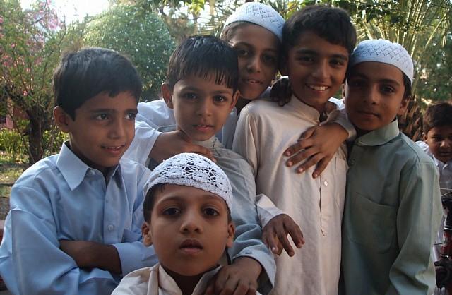 Berdalih Tak Butuhkan Imam Masjid, Negara Bagian di India Tutup Seluruh Sekolah Islam