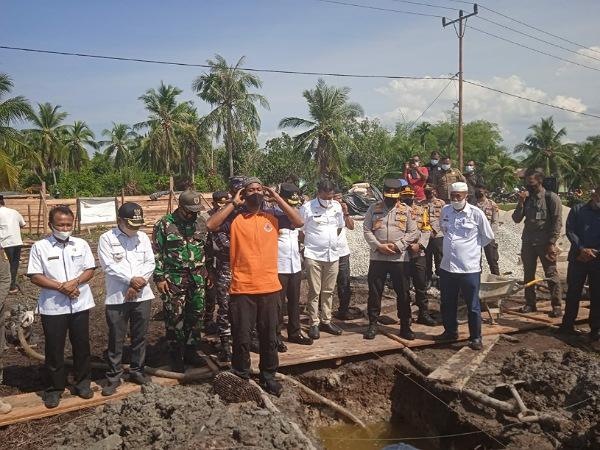 GoRiau Peletakan batu pertama pembang