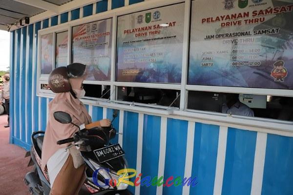 GoRiau Terlihat masyarakat melakukan