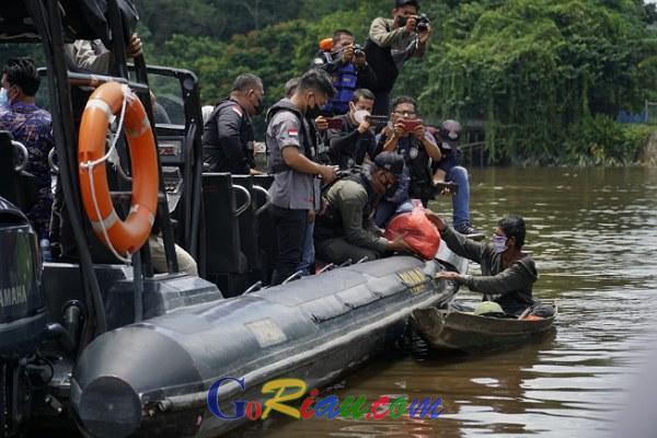 GoRiau Tampak nelayan mendatangi Spee