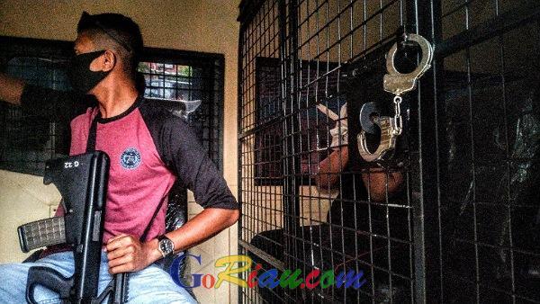 GoRiau Mantan ASN Lapas dibawa menggu