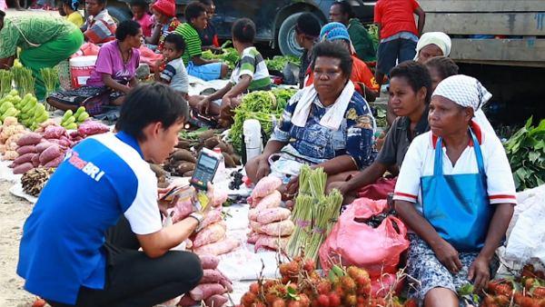 GoRiau Karyawan BRI melakukan pembina