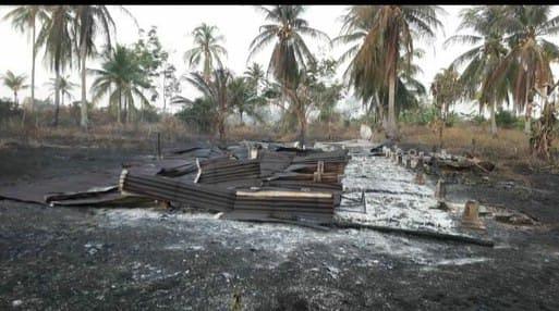 GoRiau Rumah yang ikut terbakar akiba
